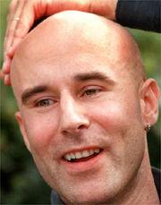 Tv-chefen Mark Levengood fick lämna Mora lasarett efter omplåstring. - mark